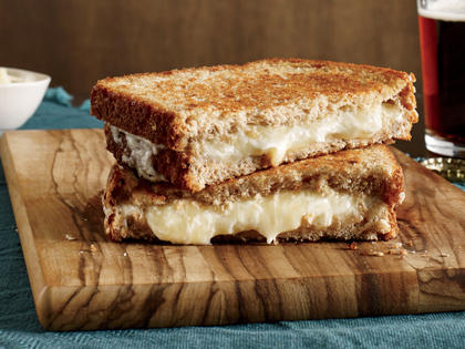 nme-grilled-cheese-trick1.jpg