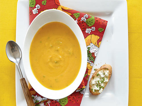 oh3366p390-roasted-butternut-soup-goat-cheese-toasts-x.jpg