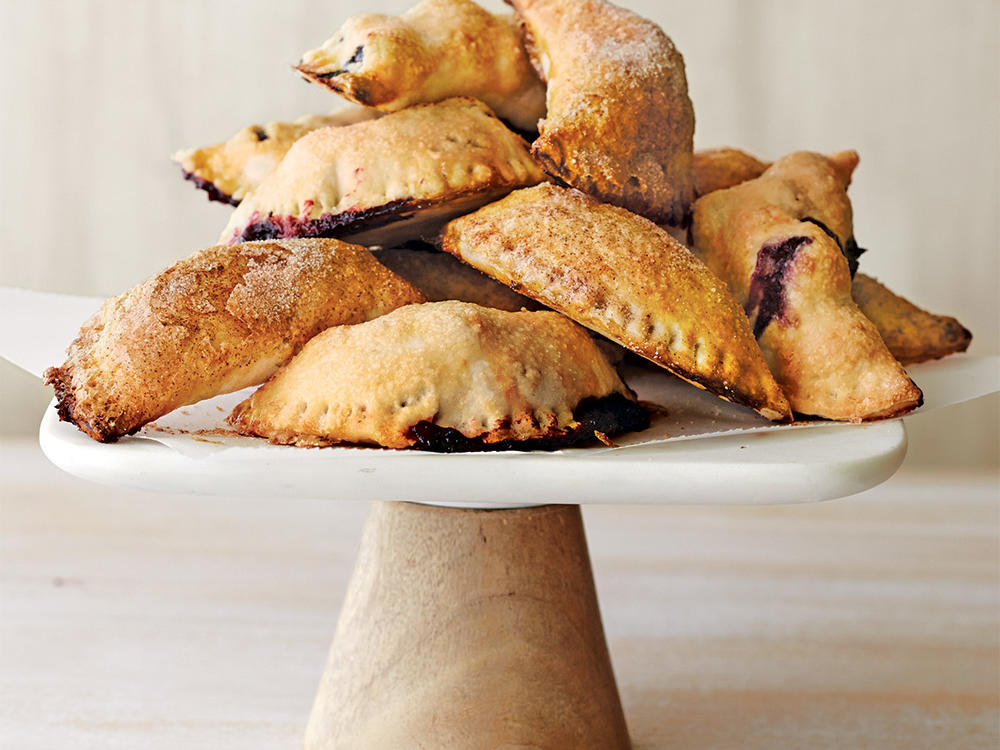 oh4397p66-spiced-apple-hand-pies.jpg