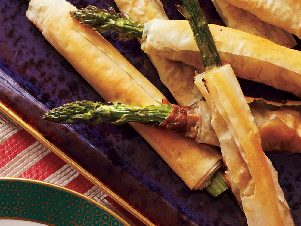 phyllo-wrapped-asparagus-prosciutto-ck.jpg