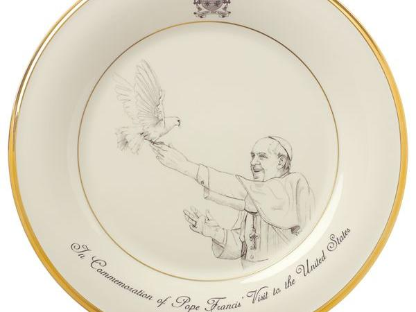 pope-francis-commemorative-plate-2015__862299_whr.jpeg