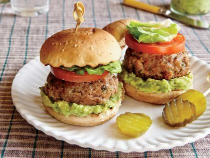 pork-sliders-smashed-avocado-ck-e1470421406425.jpg