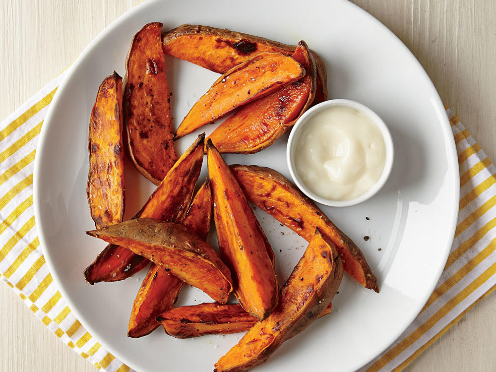 roasted-sweet-potato-wedges-yogurt-dipping-sauce.jpg