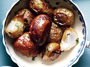 rosemary-garlic-roasted-potatoes.jpg