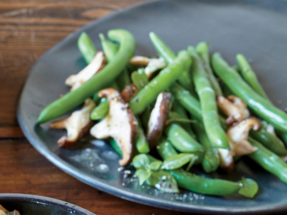 sauteed-green-beans-mushrooms-ck.jpg