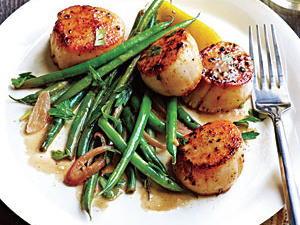seared-scallops-haricots-verts.jpg