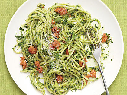 spaghetti-parsley-pesto-sausage.jpg