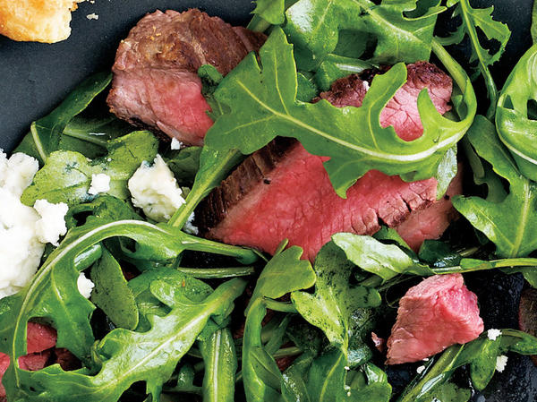 spinach-salad-steak-blue-cheese-1440_large.jpg