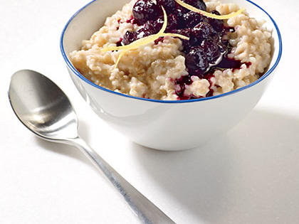 steel-cut-oats-cinnamon-blueberry-compote-ck-x.jpg
