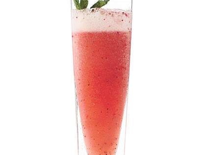 strawberry-mint-limeade.jpg