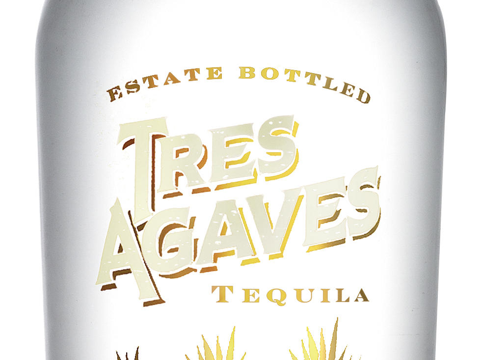 tres-agaves-blanco-750ml-hi-res-bottle-shot.jpg