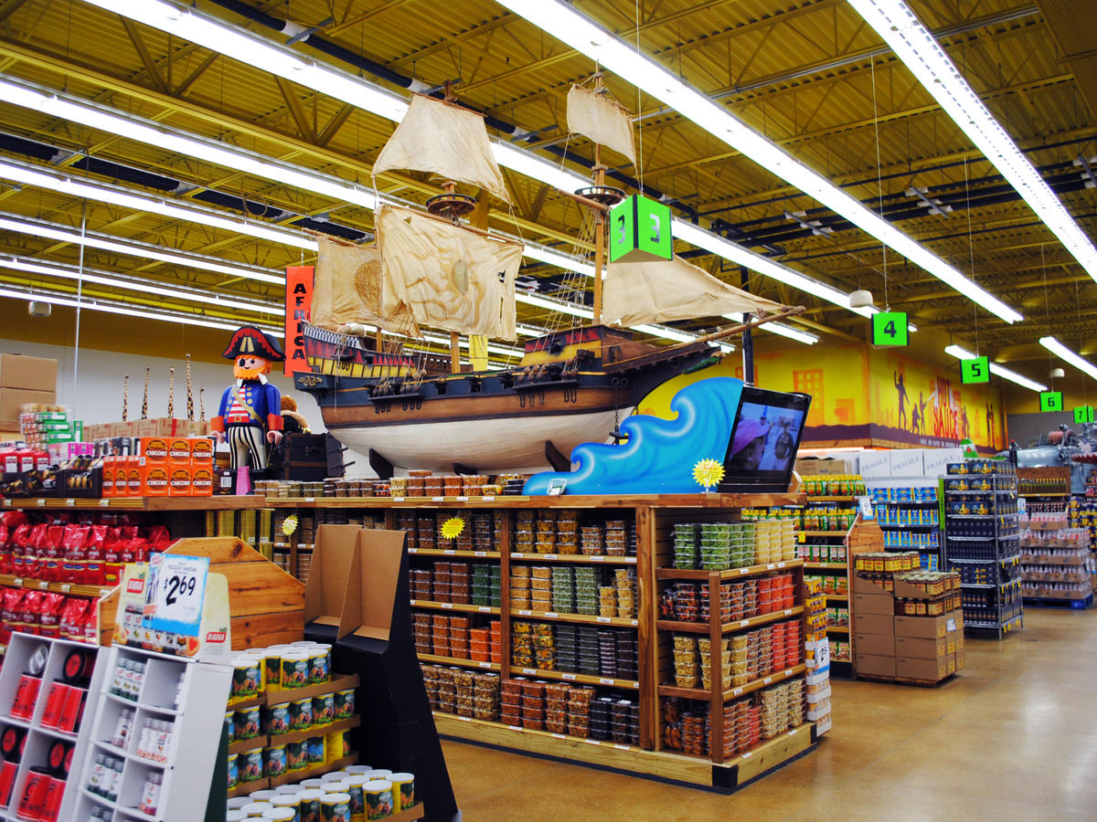 pirates in the jungle jims super market