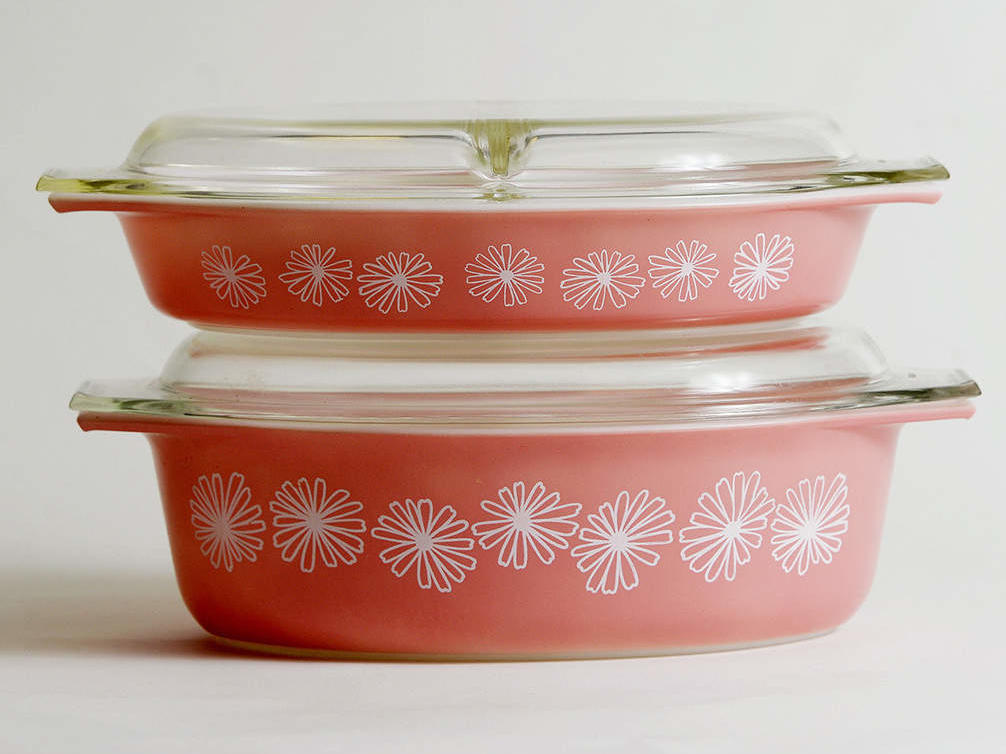 Why You Should Hold Onto Your Grandma's Vintage Pyrex