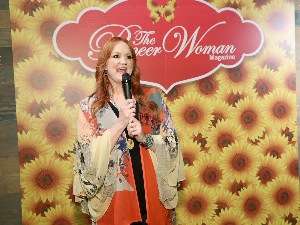 Ree Drummond Adds an Unusual Secret Ingredient to her Southern Cornbread Dressing