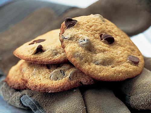 Healthy Puffed-Up Chocolate-Chip Cookies Recipe