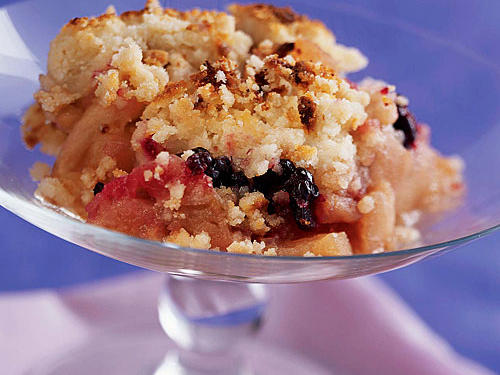 1111 Apple and Blackberry Crumble
