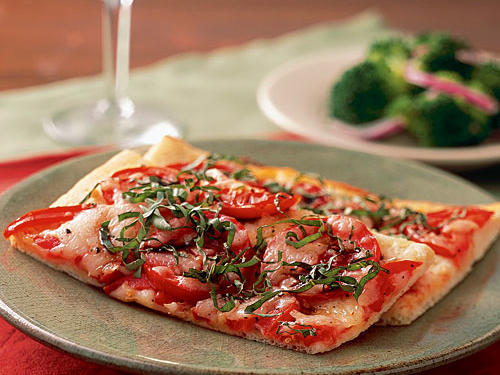 Expand your palette by pairing an earthy rose with our simple yet flavorful margherita pizza.Gary's Recommendation: