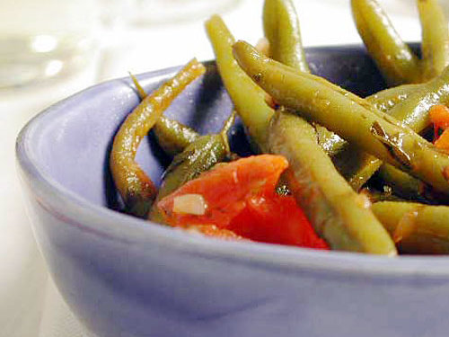 Perfect for picnics and outdoor potlucks, this classic side dish is typically served at room temperature. Pair it with kebabs, sandwiches, and more.