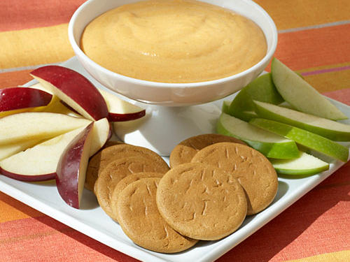 Bring the best of fall's flavors to your Thanksgiving appetizer spread with this super-easy pumpkin dip, perfect for enjoying with fresh apple slices.