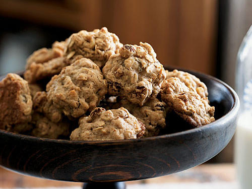 Healthy Oatmeal-Walnut Cookies Recipe