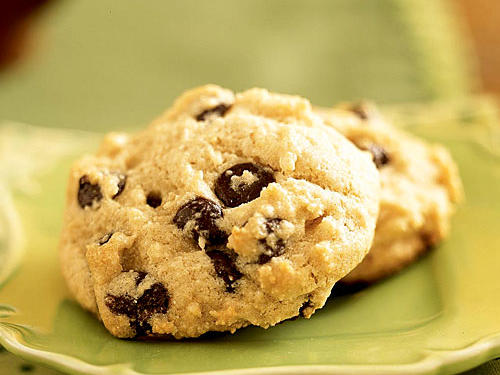 Look for grain-sweetened chocolate chips in health-food stores. This recipe makes 44 cookies, so baking up a batch will definitely keep your sweet tooth satisfied.