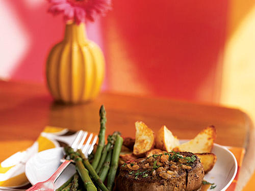 Shallot is an often overlooked ingredient whose bold flavor heightens that of simple pan sauces. This classic fancy-restaurant dish tops tasty filet mignon with a sauce of shallot, lemon, and Worcestershire, fortified with butter and sherry. It's easy, delicious, and elegant.
