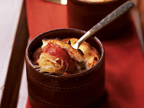 These individual casseroles are like little lasagnas with spaghetti squash replacing the traditional lasagna noodles.