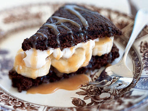 Chocolate Shortcakes with Bananas and Caramel