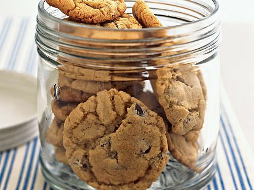 Healthy Sweet and Salty Peanut Chocolate Chunk Cookies Recipe
