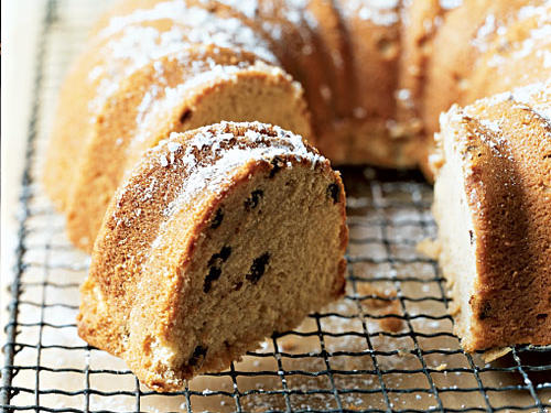 Chocolate Chip Irish Cream Pound Cake