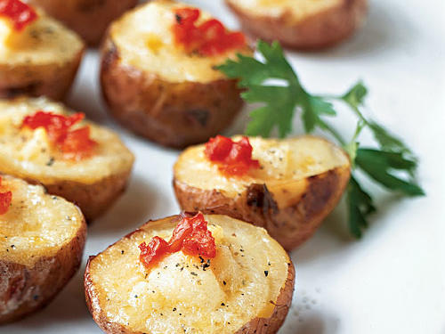 Under 100 Calorie Appetizer: Smoked Salmon and Cheese Mini Twice-Baked Potatoes