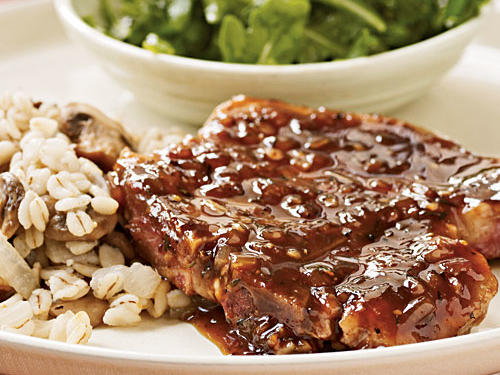 Pan-Seared Pork Chops with Red Currant Sauce Recipe