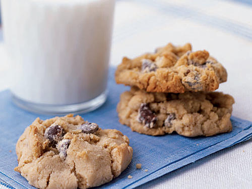 Store these Test Kitchen favorite cookies up to one week in an airtight container--if they last that long. We suggest keeping a dozen in the freezer for emergencies.