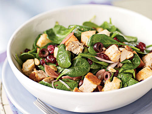 Chicken, high in vitamin B12, teams up with spinach, nuts, and a little oil to offer a one-dish meal loaded with vitamin E, vitamin C, and folate.