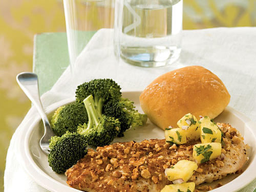 0803 Low-Cal Entrees: Peanut-Crusted Chicken with Pineapple Salsa