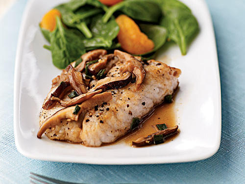 Low-Cal Sauteed Bass with Shiitake Mushroom Sauce