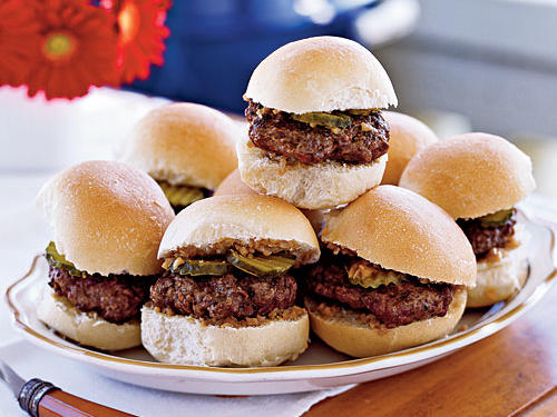With their easy but elegant relish, these mini-burgers would make a statement at any outdoor or summertime party, especially served with a refreshing cocktail. You can also use this same recipe to make four regular-sized burgers.