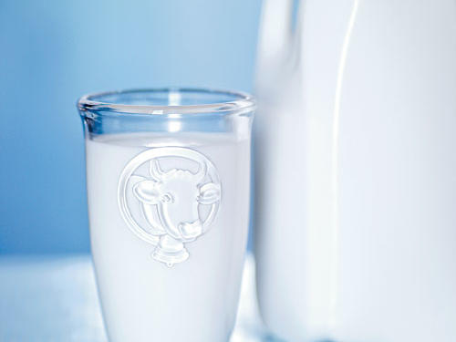 The old wives' tale about drinking a glass of milk before bed to ease you to sleep may be more accurate than you think. Dairy foods, like milk, are rich in tryptophan and calcium, two nutrients that are linked to restful sleep. Recent research suggests that calcium deficiency results in a lack of deep (REM) sleep, so make sure you're filling up each day with an adequate amount. Also, the tryptophan in milk, when coupled with carbohydrates (think warm milk and honey), plays a role in helping to unwind before bed. So drink up for a restful evening.