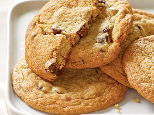Giant Chocolate Chunk Cookies - Recipes