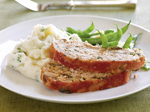 Take your palate for a twirl with this fiery meat loaf that is anything but boring. A sweet ketchup topping balances out the hearty, aromatic meat loaf that's packed with veggies and other exciting flavor profiles, like soy sauce and Worcestershire sauce. Turkey replaces beef in this meat loaf recipe, making it a healthier version of the traditional comfort food. The result is moist and flavorful (seriously, check out the great reviews). With just 184 calories per serving, this is your new favorite healthy family dinner. Freeze your leftovers, or throw them between slices of your favorite whole grain bread for a protein-packed, make-ahead lunch.