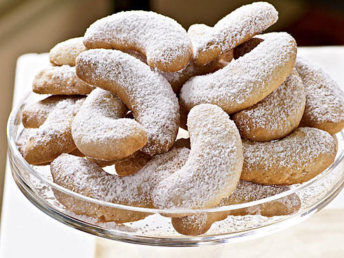 Healthy Viennese Almond Crescents Cookies Recipe
