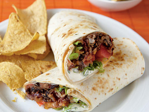 Vegetarian Dinner Recipe: Chipotle Bean Burritos