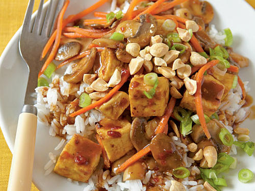 This Chinese-style inspired dish with an abundance of aromas begs to become one of your favorite Asian dishes. Tofu and sautéed vegetables are combined in a spicy sauce and then laid over a bed of jasmine rice. Don't forget the last minute sprinkling of peanuts before serving to give just the right amount of crunch.