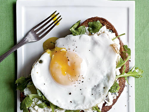 Open-Faced Sandwiches with Ricotta, Arugula, and Fried Egg Recipes