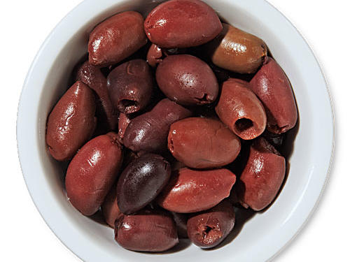 Pitted kalamata olives add a rich, meaty, and unique flavor to any dish they grace.Use for: tapenade, pasta dishes, roast with chicken or vegetables