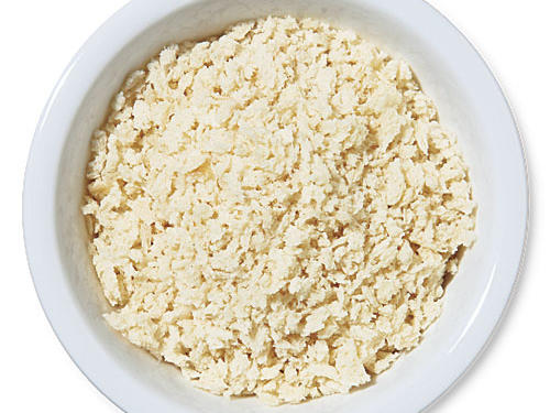 Panko (Japanese breadcrumbs) is every bit as convenient but tastes better than bland dry breadcrumbs. Panko also gives foods a supercrisp crust.Use for: filler for meatballs, crab cakes, and the like; breading for oven-fried shrimp or fish fillets; casserole toppings
