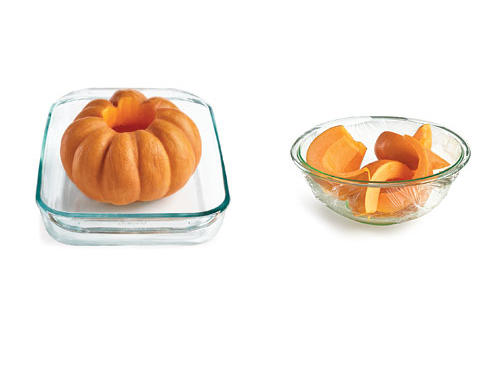 How to Cook Pumpkin by Microwaving or Roasting