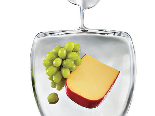 Elegant yet organic, this cheese tray will shine at any cocktail party.Price: $54Shop:Lunares Home