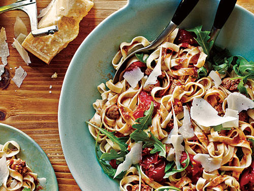 There is more to pasta night than a jar of marinara—much more. We've gathered 100 of our most deliciously saucy recipes, so you can be a dinnertime rock star.