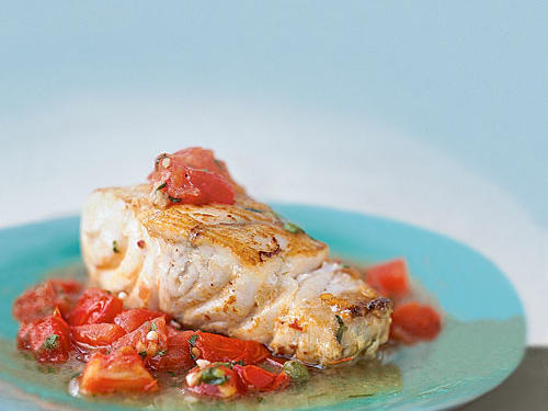 Low-Cal Baked Grouper with Chunky Tomato Sauce